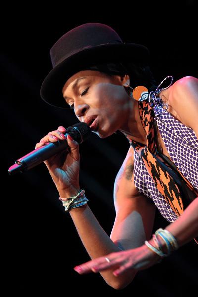 Malia auf der Bühne